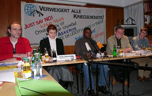 Rudi Friedrich (Connection e.V.), Heike Makowski (translator), André Shepherd, Reinhard Marx (lawyer) and Tim Huber (from left to right) - © Copyright: Frank Bärmann
